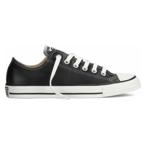 Chuck TaylorAll Star Leather