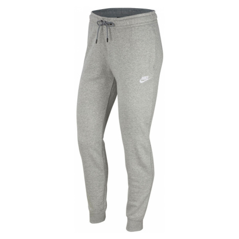 Sportswear Essential Trainingshose Nike
