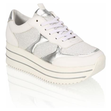 OMG! Sneaker