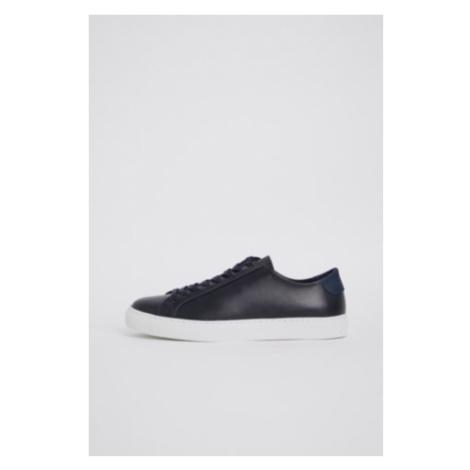 Morgan Sneaker