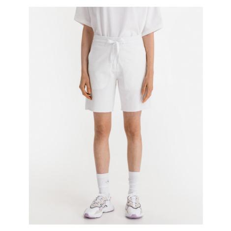 JUVIA Shorts Weiß